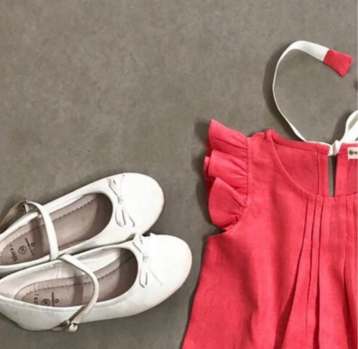 Đầm bé gái xòe xếp ly trơn màu đỏ cam cột dây phía sau D03-DOCAM2