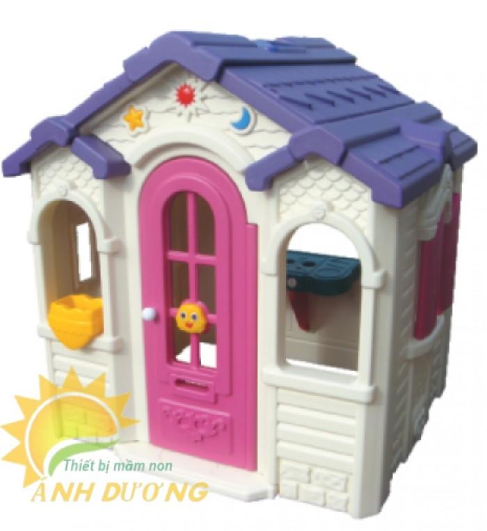 Cần bán nhà chơi dạng nhà cổ tích đáng yêu cho trẻ em mầm non0