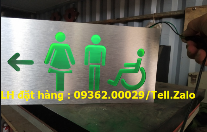 Biển chỉ dẫn nhà vệ sinh, biển báo WC  sản xuất theo yêu cầu