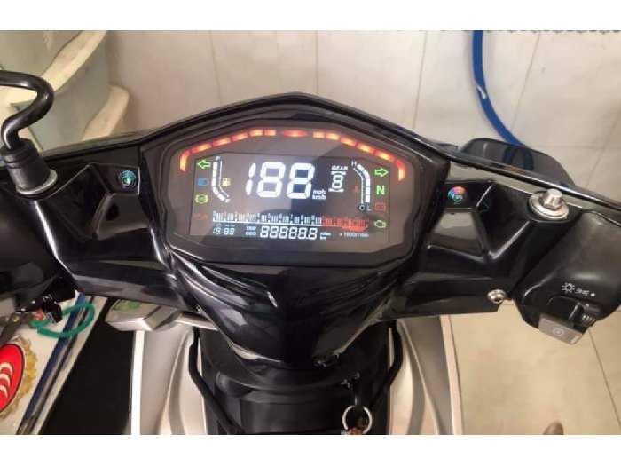 Đồng hồ điện tử xe Ducati2
