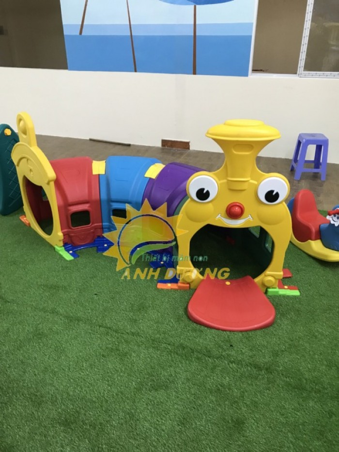 Cung cấp hang chui tàu hỏa đáng yêu cho trẻ em mầm non1