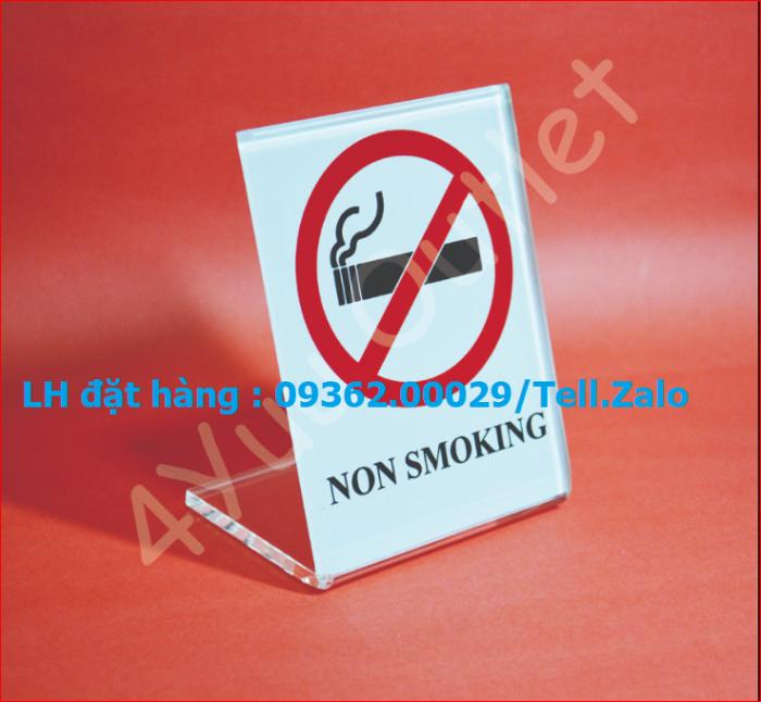 Biển báo cấm hút thuốc bằng mica, inox , đồng treo tường hoặc để bàn3