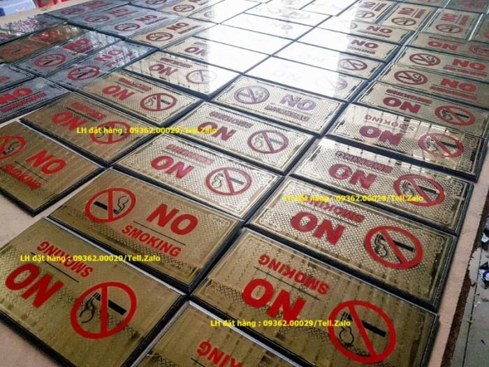 Biển báo cấm hút thuốc bằng mica, inox , đồng treo tường hoặc để bàn5