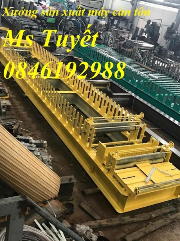 Xưởng sản xuất máy cán tôn 2 tầng 11 sóng tại Hà Nội4