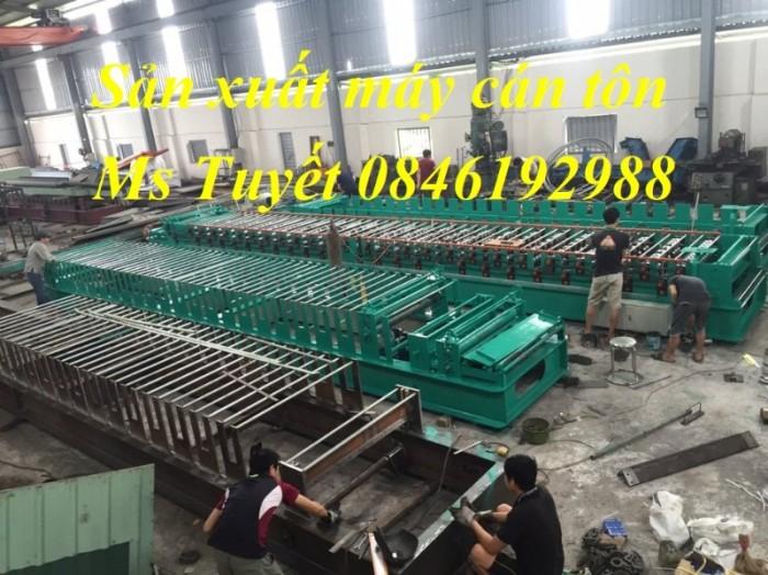 Xưởng sản xuất máy cán tôn 2 tầng 11 sóng tại Hà Nội1