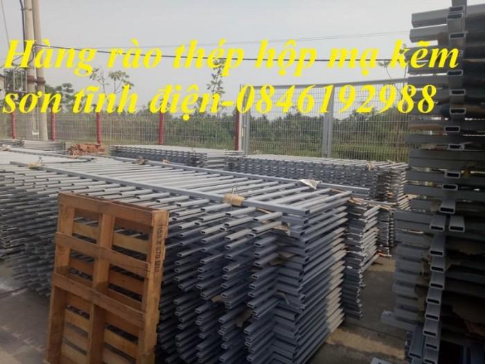 Xưởng sản xuất hàng rào mạ kẽm, hàng rào sơn tĩnh điện giá rẻ8