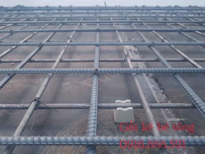 Cục kê bê tông có cốt thép - Cục kê sàn và cột - Viên kê bê tông dạng tròn.