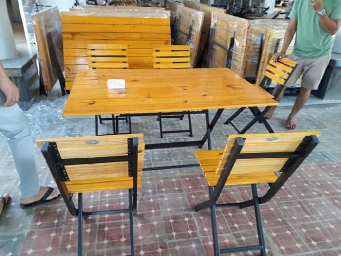 Bàn ghế gỗ quán nhậu giá rẻ1