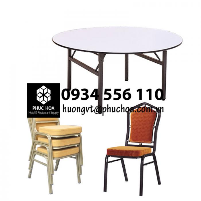 Bàn tròn và ghế tiệc cho khách sạn2