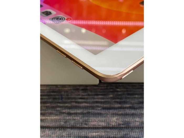Ipad gen6 Wifi 32G Fullbox4