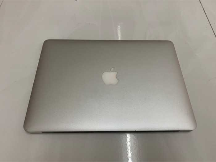 Macbook Air 13 2016 i5 1.6ghz 8g 256gb đẹp 98% nguyên zin1