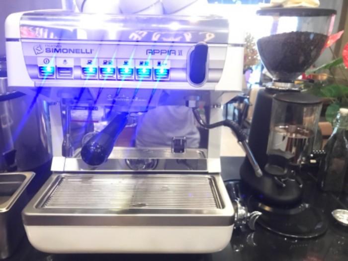Thanh lý máy pha cà phê Nouva Simonelli Appia 210