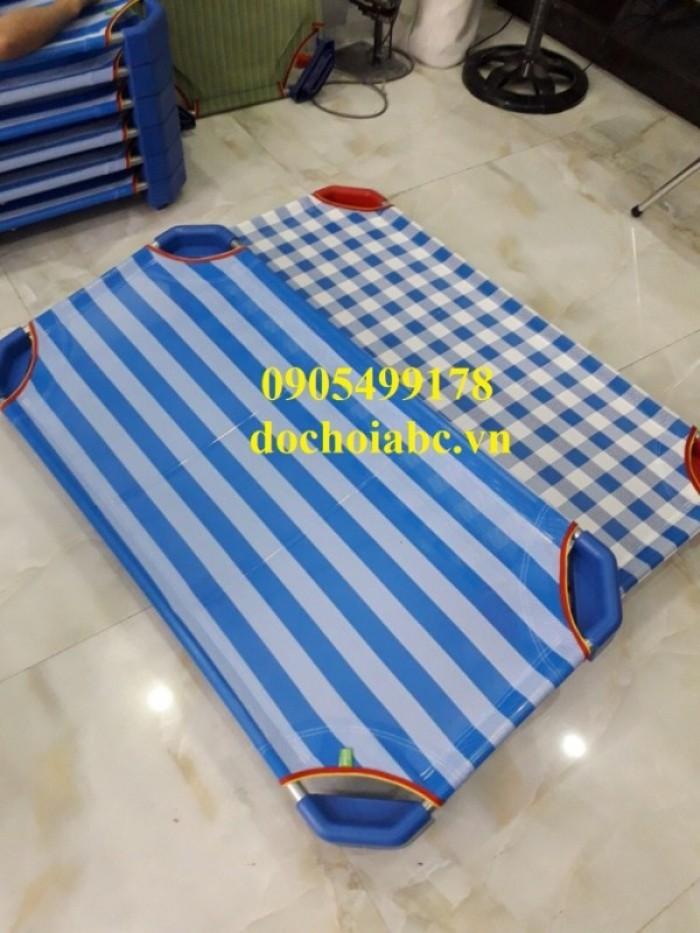 sạp ngủ mầm non chất lượng cao cho các trường mầm non10