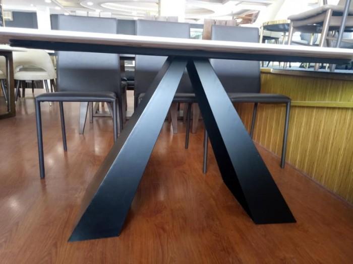 Bộ bàn ăn chân sắt sơn tĩnh điện mặt đá4