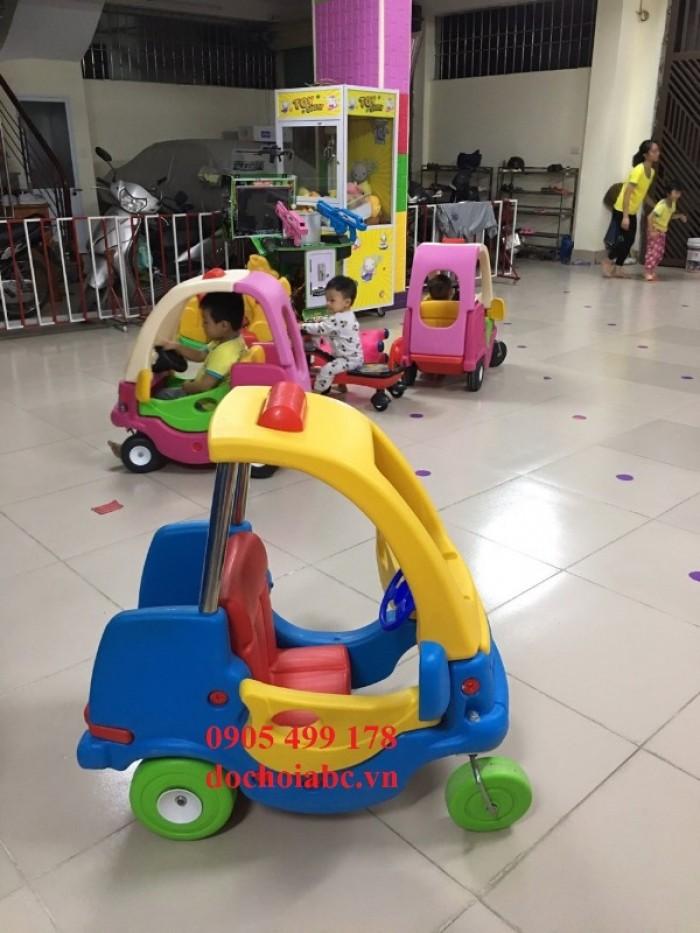 chuyên bán các thiết bị cho khu vui chơi trẻ em trong nhà