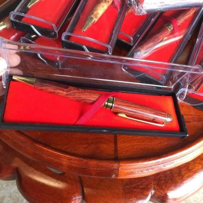 Bút bi gỗ sưa đỏ2