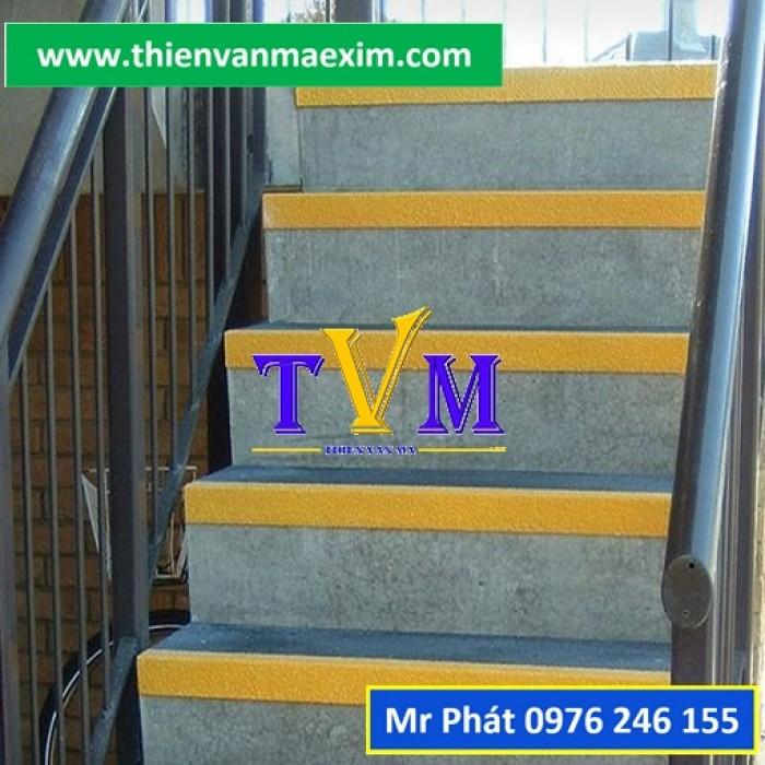 Miếng ốp bậc thang frp chống trơn trượt3