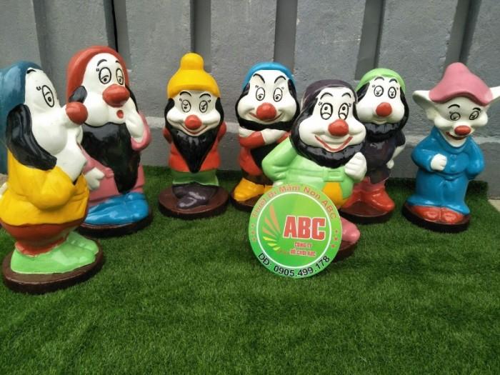 tượng nàng bạch tuyết và bảy chú lùn đồ chơi dành cho các khu vui chơi7
