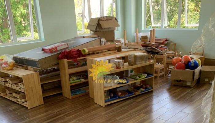 Cung cấp kệ gỗ trẻ em cho trường mầm non, lớp mẫu giáo, gia đình4
