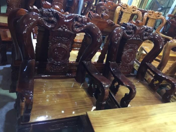 Bộ ghế sa lông tay 12 gỗ xoan đào mặt gỗ gõ đỏ chạm đào1
