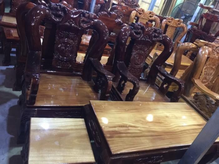 Bộ ghế sa lông tay 12 gỗ xoan đào mặt gỗ gõ đỏ chạm đào2