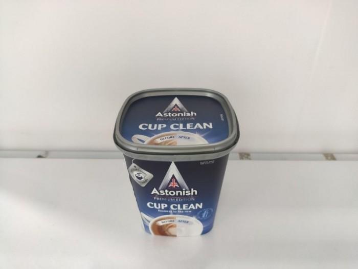 Bột tẩy nhà bếp Astonish C9630 được sản xuất 100% tại Anh Quốc có tác dụng tẩy các vết ố vàng bám trên chén bát, ly, tách, cốc, bình trà cafe, muỗng nĩa, tẩy sạch các vết dầu mỡ loang bám trên tấm lưới và than hoạt tính của máy hút mùi nhà bếp; tẩy lồng máy giặt; thông nghẹt bồn rửa chén bát, bồn lavabo; vệ sinh trang sức từ vàng, bạc, inox, tẩy trắng quần áo…1