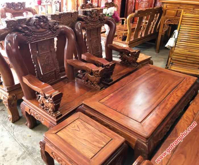 Salon gỗ cẩm lai tay 12 chạm nghê1