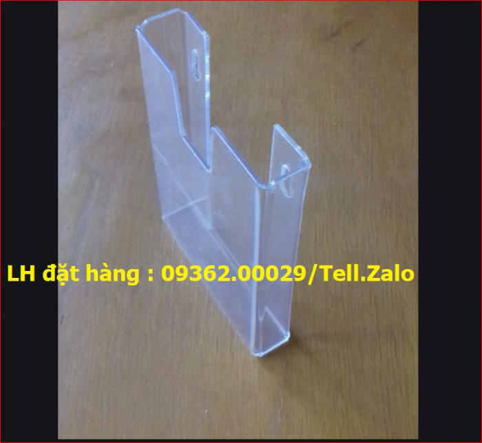 Gia công mẫu kệ xoay 3 mặt, kệ xoay mica ngũ giác giá rẻ tại Hà Nội1