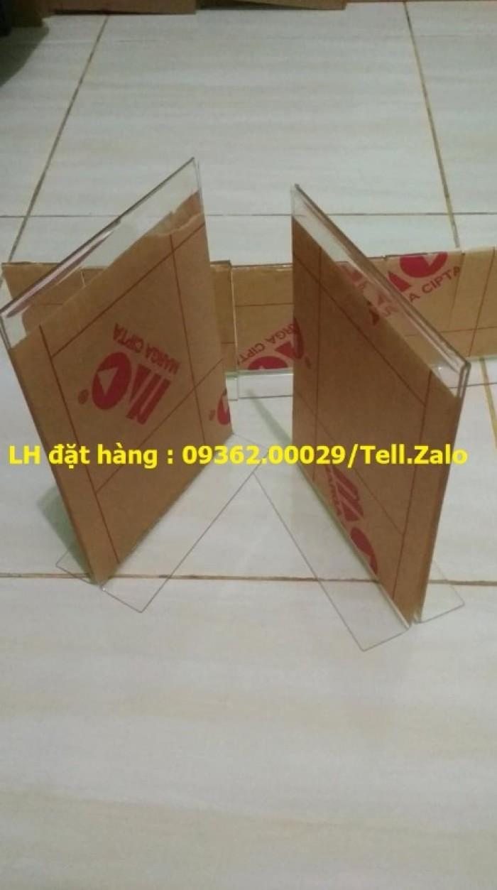 Gia công mẫu kệ xoay 3 mặt, kệ xoay mica ngũ giác giá rẻ tại Hà Nội16