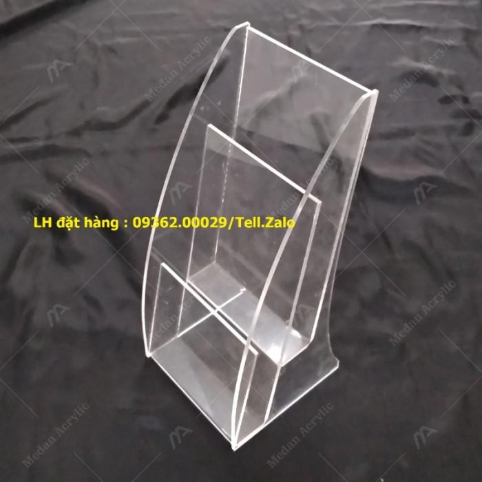 Gia công mẫu kệ xoay 3 mặt, kệ xoay mica ngũ giác giá rẻ tại Hà Nội7
