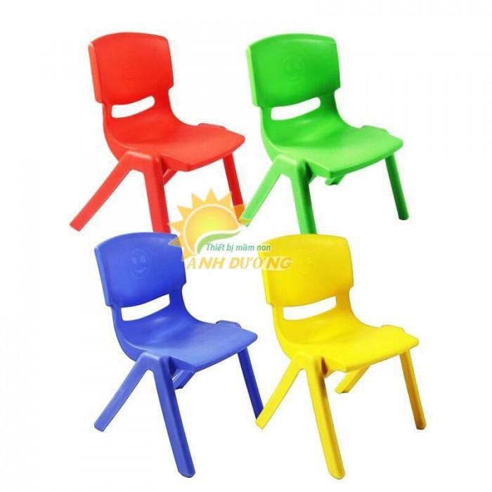 Ghế nhựa đúc trẻ em cho trường lớp mầm non, gia đình giá rẻ, chất lượng cao