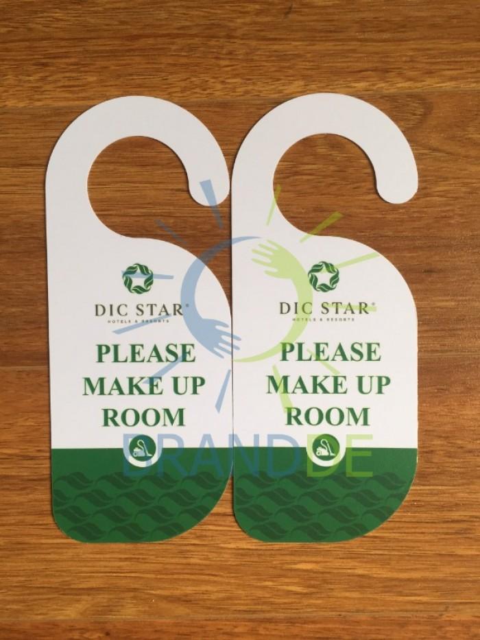 Thẻ treo cửa phòng khách sạn in logo2