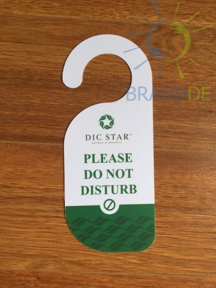Thẻ treo cửa phòng khách sạn in logo4