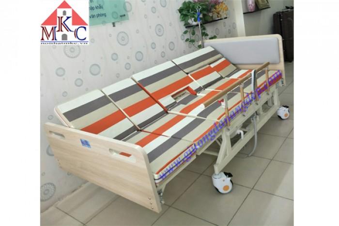 Các mẫu giường bệnh điều khiển bằng điện giá chỉ 10.5tr2