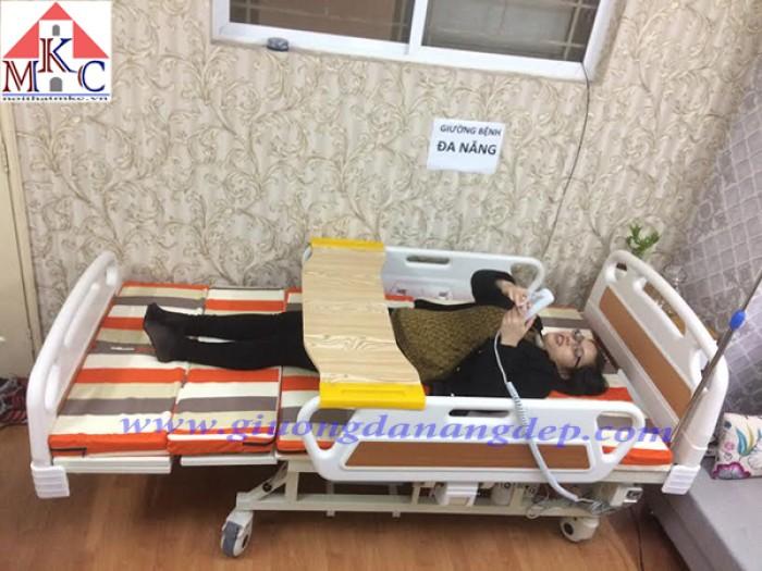 Các mẫu giường bệnh điều khiển bằng điện giá chỉ 10.5tr4