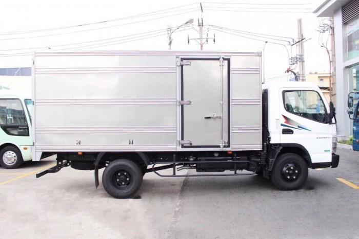 Khuyến Mãi 100% lệ phí trước bạ xe tải Mitsubishi Fuso Canter0
