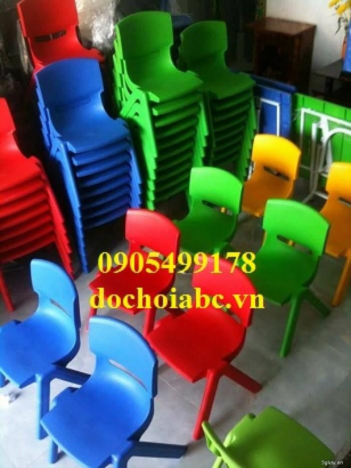 ghế nhựa mầm non giá cả hợp lý1