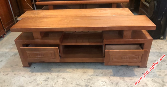Kệ tivi giá rẻ gỗ xoan đào 1m82