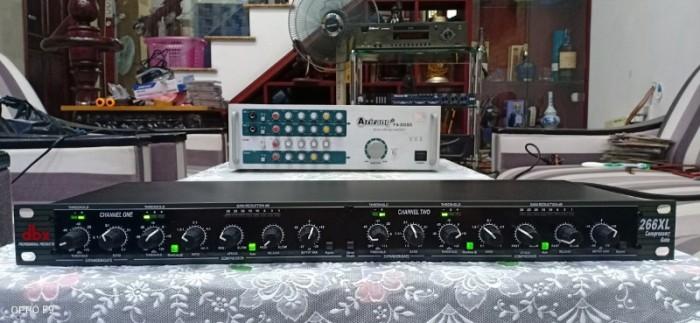 Mixer nén tiếng DBX-226XL DBX-226XL là thiết bị ứng dụng rất tốt cho các micro hát hợp xướng3