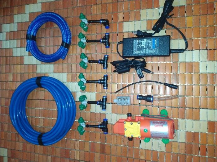 Bộ máy bơm tưới lan 6 bes 4 hướng 12v-60w0
