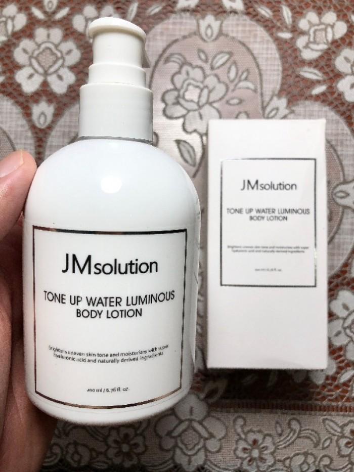 Sữa dưỡng da toàn thân JM Solution Tone Up Water Luminous Body Lotion4