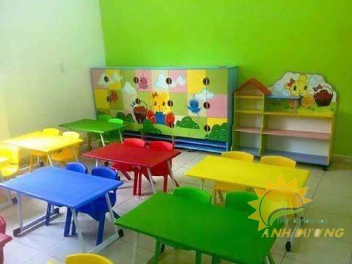Chuyên cung cấp bàn ghế nhựa cao cấp cho bé mầm non giá rẻ, chất lượng cao2
