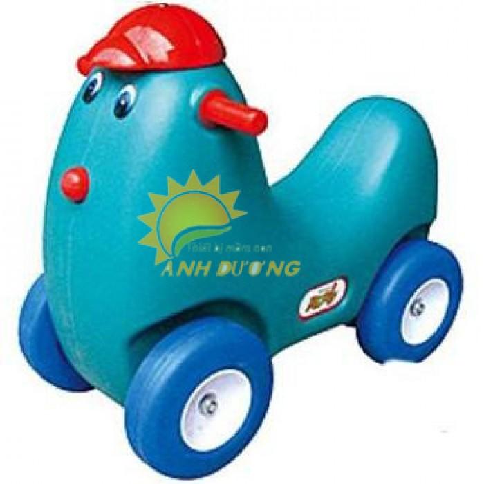 Xe chòi chân 4 bánh hình con vật đáng yêu cho trẻ em mầm non0