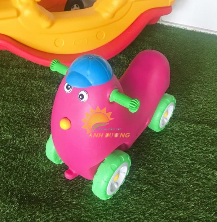Xe chòi chân 4 bánh hình con vật đáng yêu cho trẻ em mầm non2