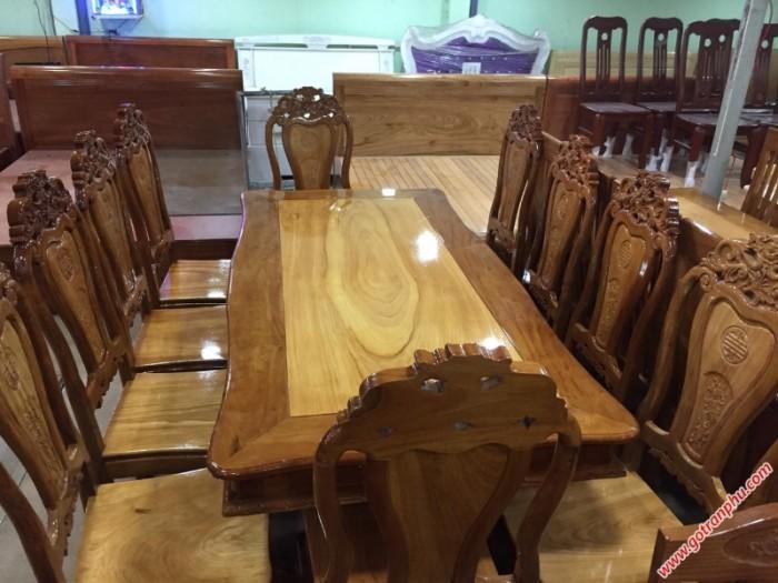 Bàn ăn giá rẻ gỗ căm gõ 8 ghế hình bánh tây2