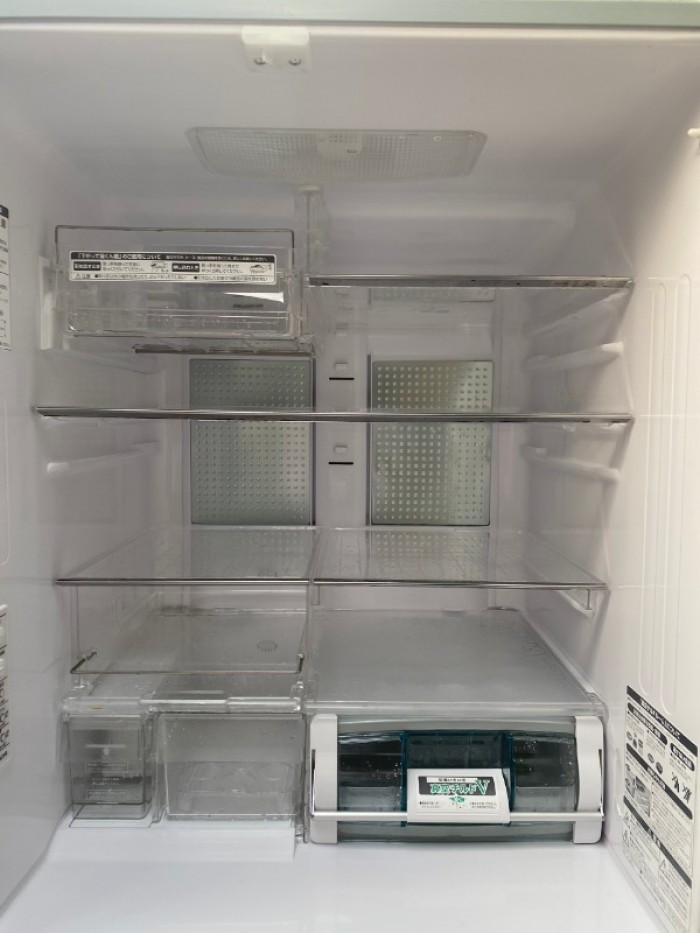 Tủ lạnh HITACHI R-Y5400 543L mặt gương , hút chân không, cửa trợ lực7