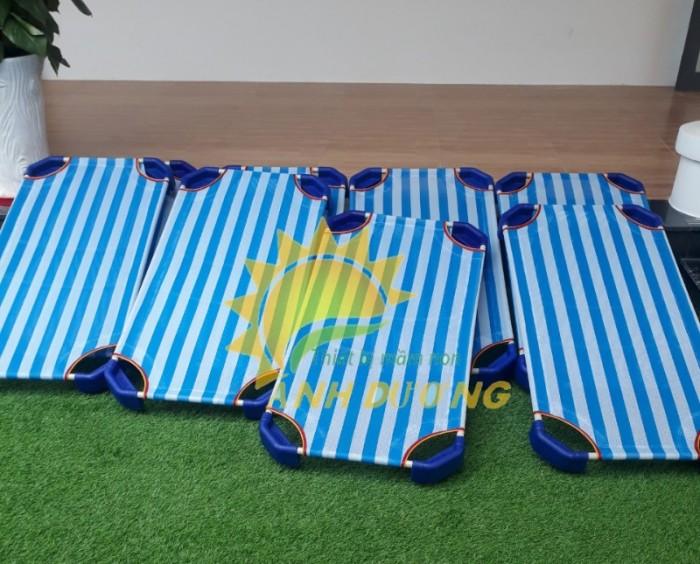 Chuyên cung cấp giường ngủ lưới thoáng mát cho trường lớp mầm non, gia đính8