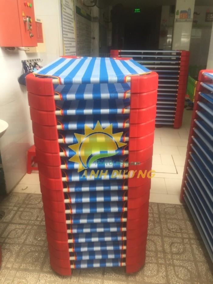 Chuyên cung cấp giường ngủ lưới thoáng mát cho trường lớp mầm non, gia đính12