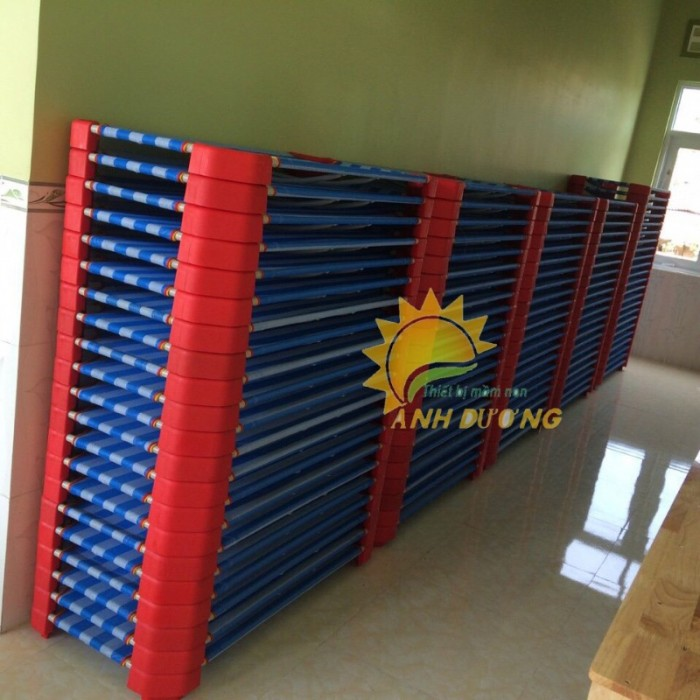 Chuyên cung cấp giường ngủ lưới thoáng mát cho trường lớp mầm non, gia đính11