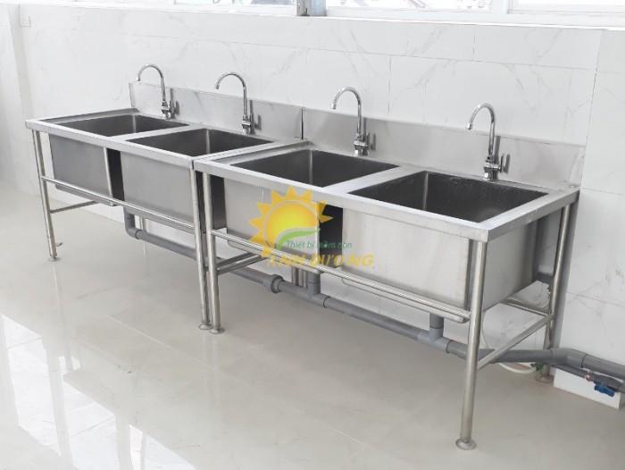 Chuyên nhận thi công nhà bếp ăn cho trường lớp mầm non, nhà hàng, khách sạn